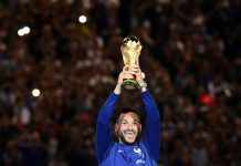 """Argentina, Chile, Paraguay and Uruguay are to submit a joint bid to host the 2030 World Cup, Chile's President Sebastian Pinera announced on Thursday. Argentina, Paraguay and Uruguay had already submitted a joint bid to host the centenary edition of football's most prestigious tournament, but Pinera said on Twitter that those countries' presidents had agreed to Chile's participation in the """"joint candidacy"""". Argentina and Uruguay originally announced their intention to submit a joint bid in 2017 before Paraguay joined the coalition later that year. AFP/File / STAFF Captain Daniel Passarella holds the World Cup trophy after Argentina defeated the Netherlands 3-1 in the 1978 World Cup final in Buenos Aires In December last year, Bolivia's football-mad president Evo Morales offered those three countries help in their bid, proposing """"two or three departments as sub-seats"""" for the competition. Had his offer been accepted, it would have meant the Hernando Siles Reyes stadium in La Paz potentially included as a host venue. Pinera said he had been touting his idea to the presidents of Argentina, Paraguay and Uruguay for several months. Uruguay hosted and won the inaugural World Cup in 1930, Chile was the venue in 1962 and Argentina emulated its neighbor's achievement by lifting the trophy on home soil in 1978. AFP/File / Brazil's football team poses for a picture before its 3-1 victory over Czechoslovakia in the 1962 World Cup final in Santiago, Chile Like Morales, Mauricio Macri of Argentina, Uruguay's Tabare Vazquez and Paraguayan Mario Abdo Benitez are all passionate about football having all been president of a club in their countries. Pinera is a billionaire businessman who started out as a teacher and has no previous connection to football. The South American bid faces competition from Morocco and potentially several other joint bids, including one from Britain and Ireland and another by an eastern European confederation of Greece, Serbia, Bulgaria and Romania. Spain'"""