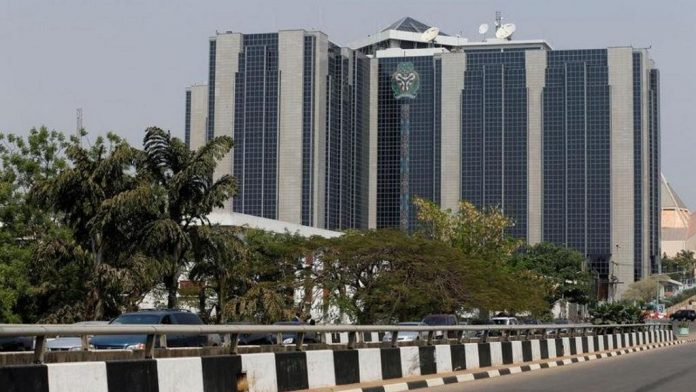 Nigeria to shut bank accounts of firms which import restricted goods