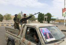 Yemen separatists 'regain control of Aden' from government forces