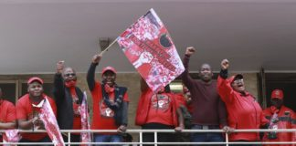 sky news africa South African healthcare workers protest, threaten strike