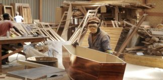 sky news africa South African coffin-maker saw COVID-19 at work and at home