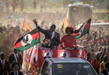 Malawi poll center: Opposition takes slight lead