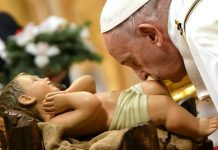 skynewsafrica Pope Francis ushers in Christmas with message of 'unconditional love'